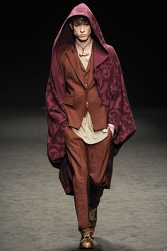See the complete Vivienne Westwood Fall 2016 Menswear collection.