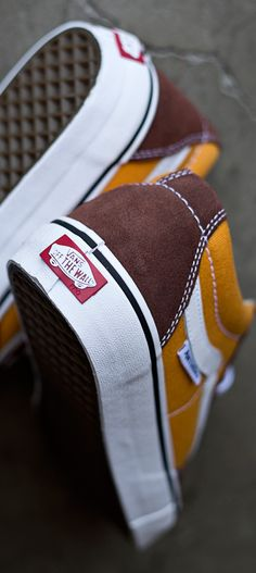 vans off the wall Anti Hero TNT Skate shoes