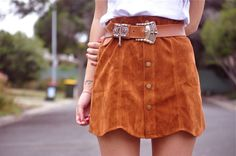 Suede is made from underside of the skin, primarily lamb, although goat, pig, calf and deer. This skirt gives a very vintage look because of the colour. It is suitable to be worn as casual. Looks Style, Style Me, Summer Wear, Summer Outfits, Romper With Skirt, Mini Skirt, Cute Skirts, Dress To Impress, Ideias Fashion