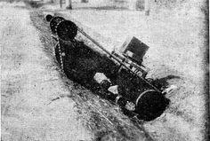 ルーマニアの陸上魚雷。これは1944年に試験が行われたルーマニアの兵器の一つ。陸上魚雷の本体に繋がれたケーブルによって遠隔操縦が可能だったとのこと。爆発物を搭載して運用されるとの情報もあるが詳細は不明。