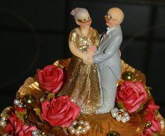 Ob zur Goldenen Hochzeit, oder Diamant Hochzeit......wer das geschafft hat, verdient so eine wunderschöne Torte!