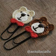 FREE crochet bear pattern Make your own teddy bear with this free amigurumi tutorial. To make this bear you need YarnArt Jeans yarn and mm crochet hook. Crochet Bookmark Pattern, Crochet Bear Patterns, Crochet Stitches, Knitting Patterns, Easy Crochet Bookmarks, Crochet Diy, Crochet Home, Crochet Gifts, Crochet Dolls