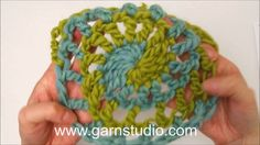 How to crochet the first 3 rounds in DROPS 165-40