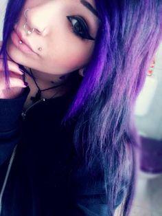 I love the purple >> http://amykinz97.tumblr.com/ >> www.troubleddthoughts.tumblr.com/ >> https://instagram.com/amykinz97/ >> http://super-duper-cutie.tumblr.com/