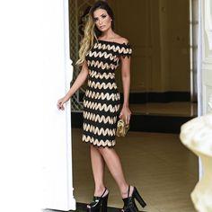 """Black and Gold dress in Eva Bella Oficial ♥ (@evabellaoficial) no Instagram: """"Um vestido para arrasar! #EvaBella #Inverno #Lancamento"""""""