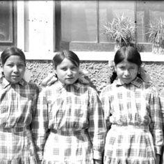 Agnes Fallis (Lunderman), Jennie Black Mountain Sheep, Sophie Diddeir (Four Horn-Tow Heart), Alice Bear Shield (Knox), and Hattie Bridgeman ...