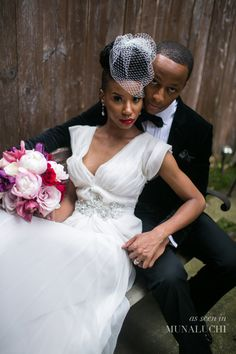 Beautifully stylish 'vintage meets modern' black bride/bride of colour styled shoot for Munaluchi Bride - really elegant styling that I LOVE! Photography by http://bypetronella.com/ Styling by http://www.modage-style.com/