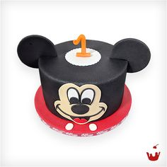 Cake Pops, Mickey Mouse, Ham, Birthday Candles, Instagram Posts, Magdeburg, Cute Love, Cake Shop, Birthday Cake Toppers