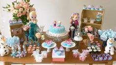 Mesa de doces. Frozen. Frozen festa. Elsa. Anna. Decoração. Festa infantil. Disney. Princesas da Disney. Frozen party ideas. Frozen party