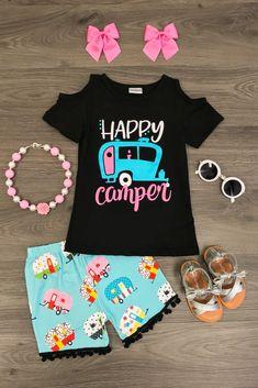 """""""Happy Camper"""" Pom Pom Short Set"""