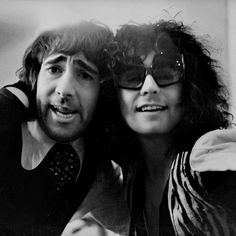 Marc Bolan and Keith Moon Knickers Off, Lady Stardust, Electric Warrior, Keith Moon, Pictures Of Lily, Marc Bolan, Fan Picture, Famous Couples, Vintage Music