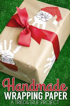 Handprint Handmade Wrapping Paper Santa Handprint Homemade Wrapping Paper: Making your own wrapping paper with just paint and a few handprints!Santa Handprint Homemade Wrapping Paper: Making your own wrapping paper with just paint and a few handprints! Christmas Gift Wrapping, Christmas Crafts For Kids, Christmas Activities, Homemade Christmas, Christmas Projects, All Things Christmas, Holiday Crafts, Holiday Fun, Christmas Time