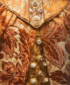 Russian court dress - bodice detail