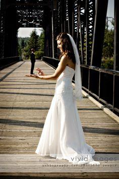 funny bride/groom photo hahahahaha