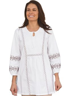 3/4 sleeve embroidered tunic blouse