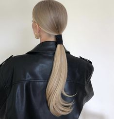 Corte Y Color, Dream Hair, Sleek Ponytail, Cute Hairstyles, Hair Goals, Hair Inspiration, Blonde Hair, Hair Makeup, Hair Cuts