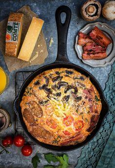 Fully Loaded Breakfast Frittata with Comté Cheese Bacon  Mein Blog: Alles rund um die Themen Genuss & Geschmack  Kochen Backen Braten Vorspeisen Hauptgerichte und Desserts # Hashtag
