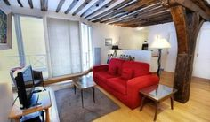 Classic Sorbonne Five ( 5 arr ) Paris Set 800 metres from Notre Dame Cathedral and 1.4 km from Louvre Museum, Classic Sorbonne Five ( 5 arr ) offers accommodation in Paris. The apartment is 1.6 km from Pompidou Centre. The unit fitted with a kitchen with a microwave and toaster.