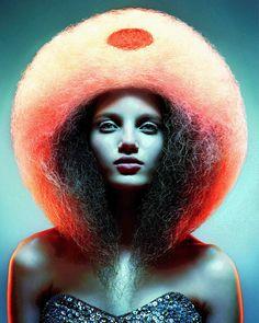 Jerome Hillion - British Avant Garde Hairdresser Award 2005  Hair: Jerome Hillion  Photography: Alessandro Cecchini