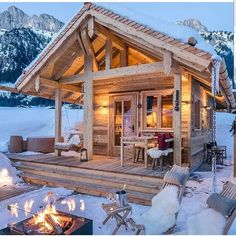 Tiny Chalet Grand Flüh, Nesselwängle, Austria by Steiner Art & Design Tiny House Cabin, Log Cabin Homes, Cozy House, Log Cabins, Mini Cabins, Small Log Cabin, Small Cabins, Mountain Cabins, Wooden Cabins