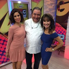 """Emeril is hanging with some """"Devious Maids"""" in our GMA #SocialSquare! Great to have Ana Ortiz and  Susan Lucci here!"""