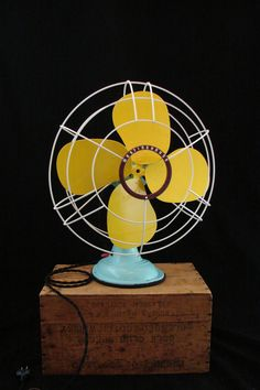 """""""This dude, Rodger Thomas, creates some stunning light pieces ...... but this is also totally cute!"""" -Stacey Marsh This vintage table fan got a much needed face lift and a cute paint job! Check out other products like it on etsy.com in the Benclif Designs shop! Antique Fans, Vintage Fans, Vintage Table, Retro Vintage, Vintage Items, Vintage Stuff, Vintage Metal, Westinghouse Electric, Retro Fan"""