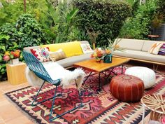 colorful boho outdoor decor by @EmilyHenderson