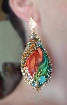 EARRINGS: bead embroidery and shibory silk --- design by Serena Di Mercione