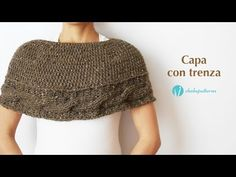 A practical crochet garment for Winter season that you can make for yourself or to give as a present for someone special. Its made of two pieces that are joined together by a seam, it includes a crochet cable to add a special touch. Crochet Capelet Pattern, Crochet Poncho, Knitted Shawls, Crochet Stitches, Crochet Cable, Chunky Crochet, Easy Knitting, Knitting Patterns, Crochet Patterns