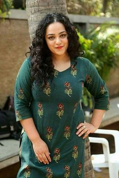 Tamil, Telugu, Malayalam and Kannada Actress Nithya Menen Interview About AWE Telugu Movie Pictures Gallery Page 3 of 4 South Actress, South Indian Actress, Indian Actress Hot Pics, Indian Actresses, Nithya Menen, Big Girl Fashion, Dress Fashion, Fashion Fashion, Gala Dresses