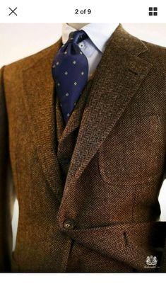 British Style — menstyleguru: More at Men's Style Guru Brown Tweed Suit, Tweed Suits, Men's Suits, Gentleman Mode, Gentleman Style, Sharp Dressed Man, Well Dressed Men, Older Mens Fashion, Tweed Run
