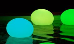 cordless flat ball lights... cool....