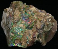 Rough Opal - The rock hounds corner for Information on Prospecting for nevada opal, turquoise, agates, Gold, etc Minerals And Gemstones, Crystals Minerals, Rocks And Minerals, Stones And Crystals, Gem Stones, Healing Crystals, Opal Mineral, Mineral Stone, Cool Rocks