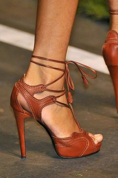 Brown heels- strappy sassy