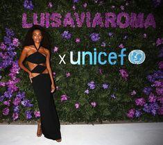 Tina Kunakey, Strapless Dress Formal, Formal Dresses, Celebrity Look, Night, Celebrities, Fashion, Dresses For Formal, Moda