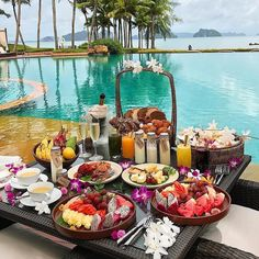 I hope the brunch is amazing! Holding for another good average Travel Goals, Dream Vacations, Vacation Travel, Budget Travel, Time Travel, Travel Ideas, Superfoods, Luxury Lifestyle, Places To Travel