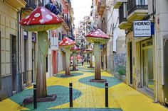"""""""Am I in a scene of the Smurfs or Alice in  Wonderland? Yeah, you feel like that if you are in this street in #Alicante!"""" #Spain #RouteWhisperer 📍 Alicante calle san Francisco"""