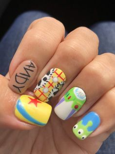Disney Pixar Toy Story gel nail art - - Disney Pixar Toy Story gel nail art Destination Disney: Disney Money Saving Tips, Vacation Planning Advice Disney Pixar Toy Story Gel Nagelkunst Disney Acrylic Nails, Cute Acrylic Nails, Gel Nail Art, Cute Nails, Easy Disney Nails, Disney Nails Art, Disney World Nails, Disney Manicure, Pastel Nails