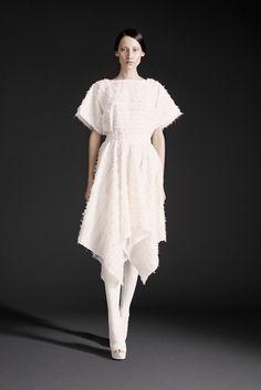 http://www.style.com/slideshows/fashion-shows/spring-2015-ready-to-wear/gareth-pugh/collection/3  Gareth Pugh SS 15