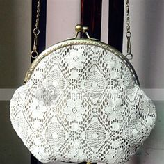 Artificial Lace Pattern Twistlock Boutique Crossbody Women Shoulder Bag