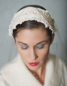 Ivory Lace Headband, Vintage Lace Bridal Cap, Ivory, Wedding Headpiece, Great Gatsby, Chantilly Lace - STYLE 018