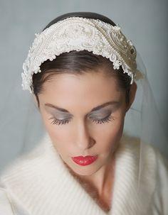 Vintage Lace Bridal Cap Ivory Wedding Headpiece Bridal Cap Veil with Chantilly Lace - STYLE 018