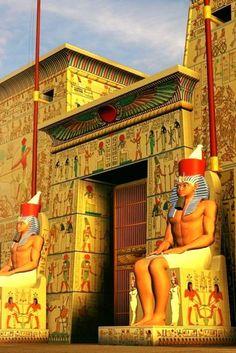 Egyptian Temple, Luxor Temple, Egyptian Art, Historical Architecture, Ancient Architecture, Ancient Art, Ancient Egypt, Visit Egypt, Gods And Goddesses