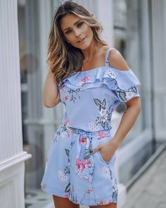 Elegant Dresses Classy, Elegant Outfit, Chic Outfits, Trendy Outfits, Summer Outfits, Morden Dress, Girl Fashion, Fashion Dresses, Fantasy Dress