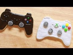 VIDEO GAME CONTROLLER COOKIES - NERDY NUMMIES - YouTube