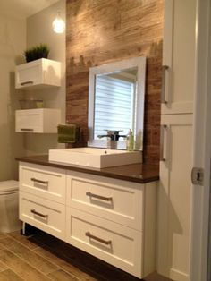 Best Bathroom Remodel Ideas on a Budget (Master & Guest Bathroom) Bathroom Toilets, Bathroom Renos, Basement Bathroom, Bathroom Renovations, Small Bathroom, Wood Bathroom, Bathroom Cabinets, Bathroom Storage, Home Upgrades