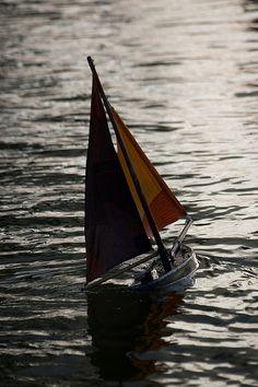 Tuileries Boats