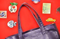 AFRODITE Viola perlato Esterno: 100% pelle di vitello Interno vera nappa http://www.italianbagstore.com/san-valentine-day/ #italianbagstore #italianbags #italianbag #MADEINITALY #bags #handmade #leather #promo #sanvalentino #sanvalentine
