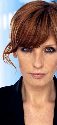 Kelly Reilly / couleur                                                       …