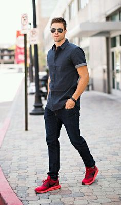 Casual short sleeve button up, fitted denim and a pop of color with the tennies